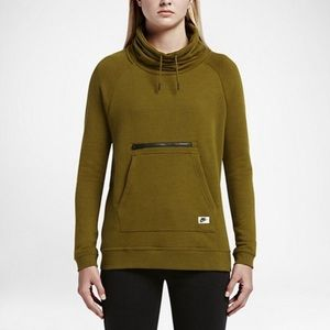 🎉SALE🎉 Nike Women's Cowl Neck Pullover